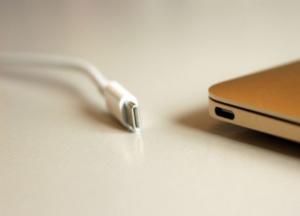 USB Type-C時代の電力関連の仕様について